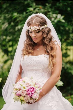 Suknia ślubna projektantki Lillian West 38-40-42 biała