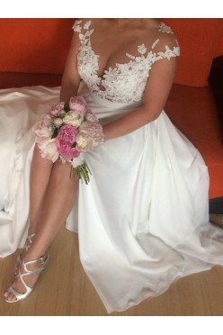 Suknia ślubna Millanova+gratis bizutetia