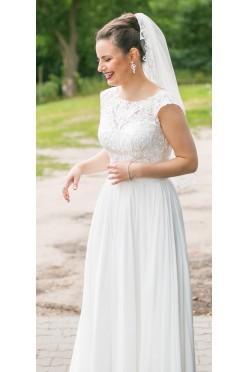 c008dae37c Delikatna suknia ślubna - idealna na ślub w stylu Boho
