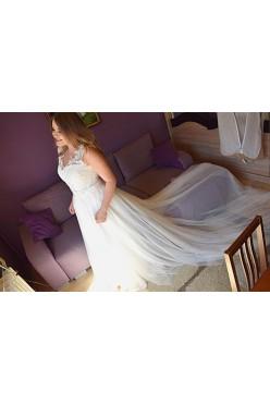 Nowa suknia ślubna z trenem