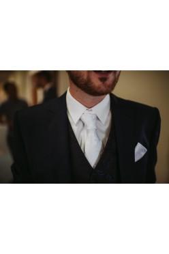Krawat biały żakardowy Collection Adam + poszetka gratis!