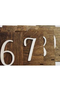 Rustykalne numery stołów
