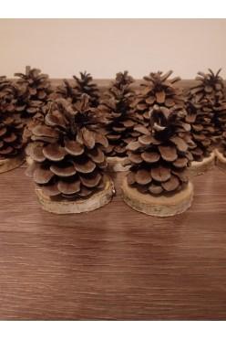 Winietki w formie szyszek styl rustykalny