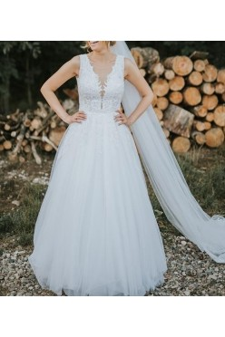 Suknia ślubna Agnes 2018  + katedralny welon