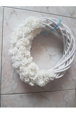 Wianki,Wiklina,Piankowe róże białe/niebieskie
