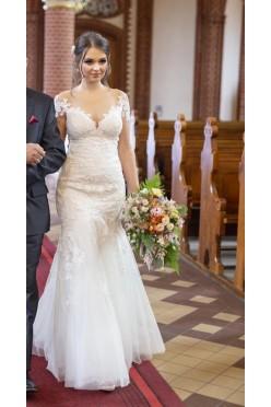 Suknia ślubna salon roz 36 wzrost 170 + 11cm obcas