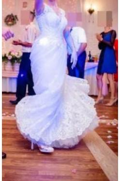 Suknia ślubna z koronką- PERLA z kolekcji 2018