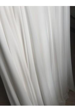 Muślinowa suknia ślubna, piękna koronka