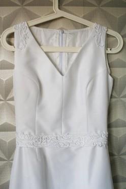 Satynowa suknia ślubna r.34