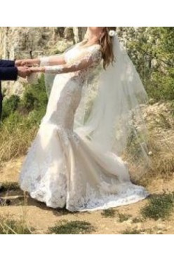 Suknia ślubna biust- 103cm biodra-107 ecru rybka tren