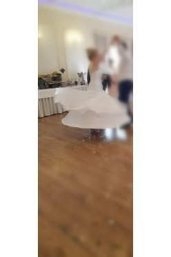 Sprzedam suknię ślubną IVA INA
