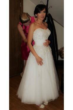 Urocza suknia ślubna Justin Alexander