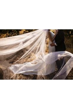 Suknia ślubna La Sposa Haliza, klasa, elegancja i minimalizm