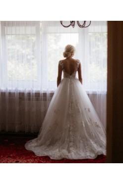 Piękna suknia Mila Nova Felice ivory ręcznie haftowana 36