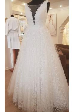 Suknia ślubna Agnes dekold V litera A