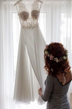 Subtelna suknia ślubna rozmiar 36 kolor Ivory + długi welon