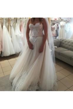 Suknia ślubna literka A, rozmiar od 40