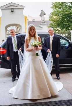 Suknia ślubna Pronovias Ontario