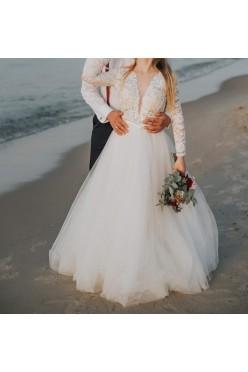 Romantyczna koronkowa suknia ślubna w literę A