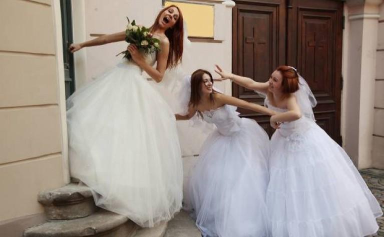 953a488b36 Suknia ślubna z komisu Stroje państwa młodych z drugiej ręki Wypożyczona suknia  ślubna