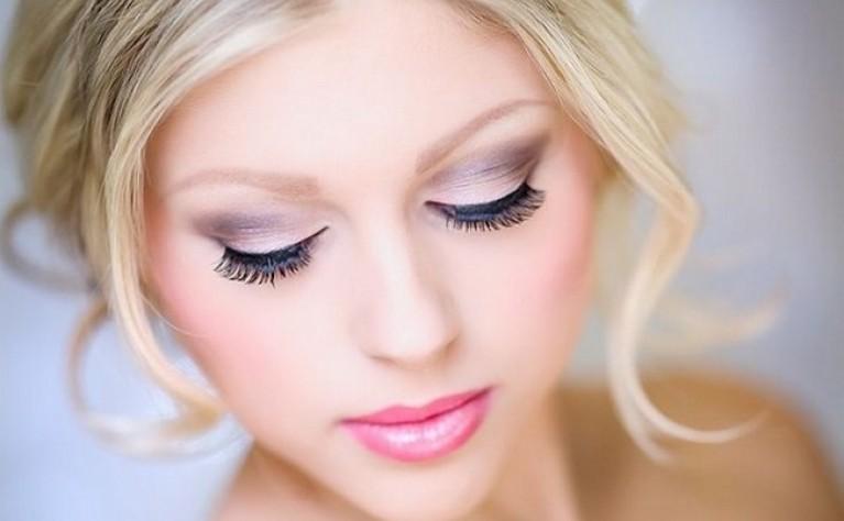 Fotograficzny makijaż na sesję ślubną - praktyczne porady