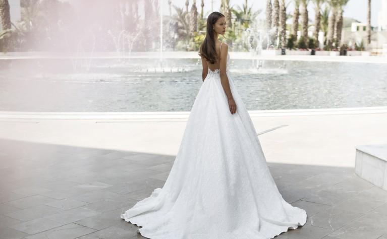 Ekskluzywny pokaz sukien ślubnych Nurit Hen w Polsce!