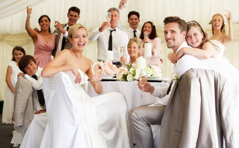 4 najważniejsze rzeczy, o których goście powinni wiedzieć przed Waszym weselem