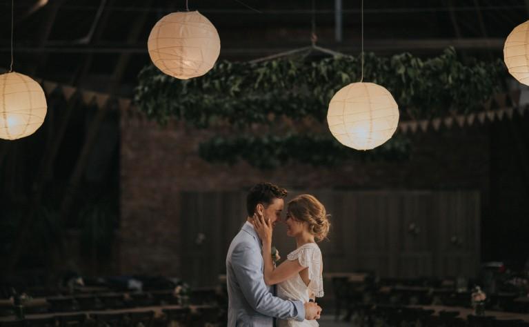 Garnitur na ślub w plenerze