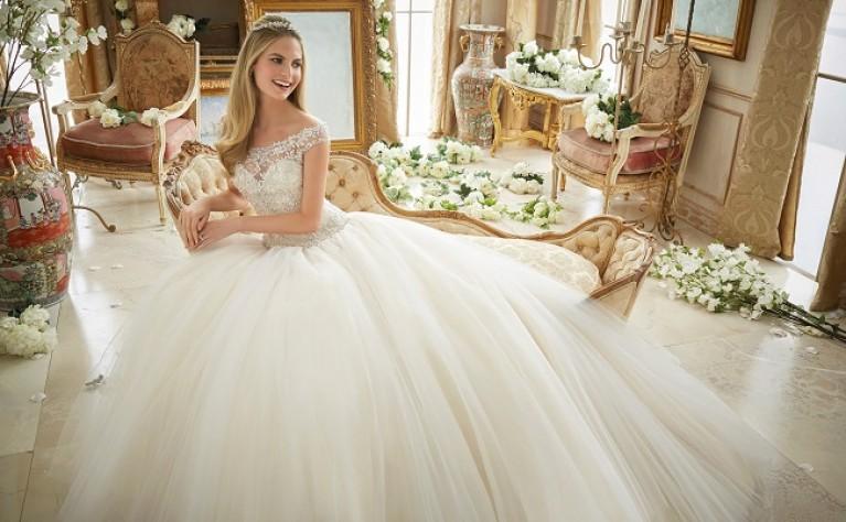 5714cdf4c4 Już jako dziewczyna marzyłaś o ślubie w pięknej białej sukni