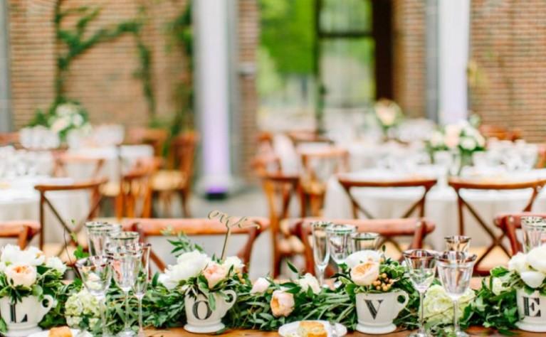 Powiew naturalnej świeżości! Poznaj nietradycyjne pomysły na ślub