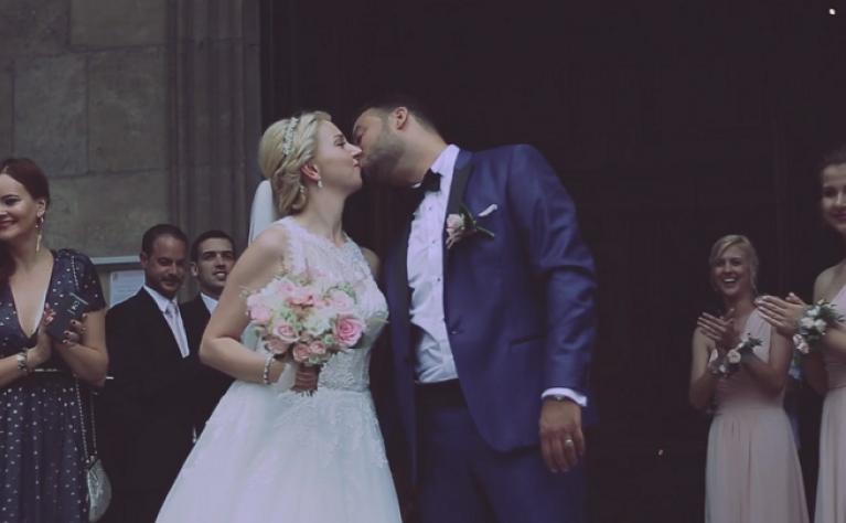 Polsko Francuski ślub Justyny I Lionela Odbył Się W Paryżu Klip