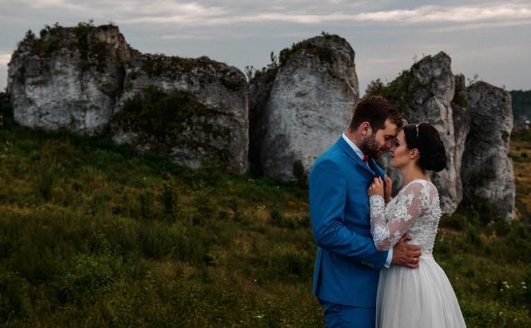 KASIA i ADRIAN – ZAMEK MIRÓW- sesja ślubna, fotografia: Kamil Błaszczyk