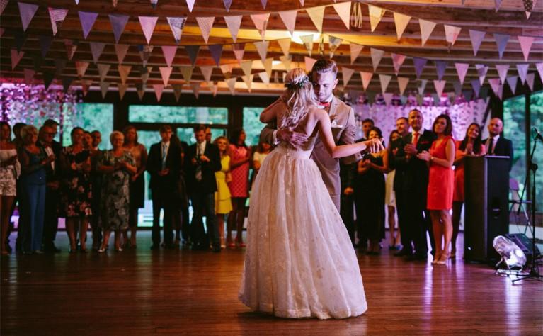 Pierwszy taniec – wszystko co musicie wiedzieć o profesjonalnych lekcjach