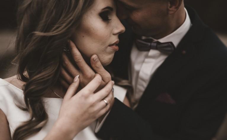 Karolina i Tomek - sesja ślubna, Fotografia:  MAŁE SZARE STUDIO