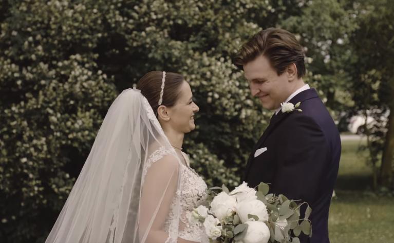 Ślub kościelny w plenerze - klip ślubny, Produkcja: ALPAKA WEDDING VIDEOGRAPHY