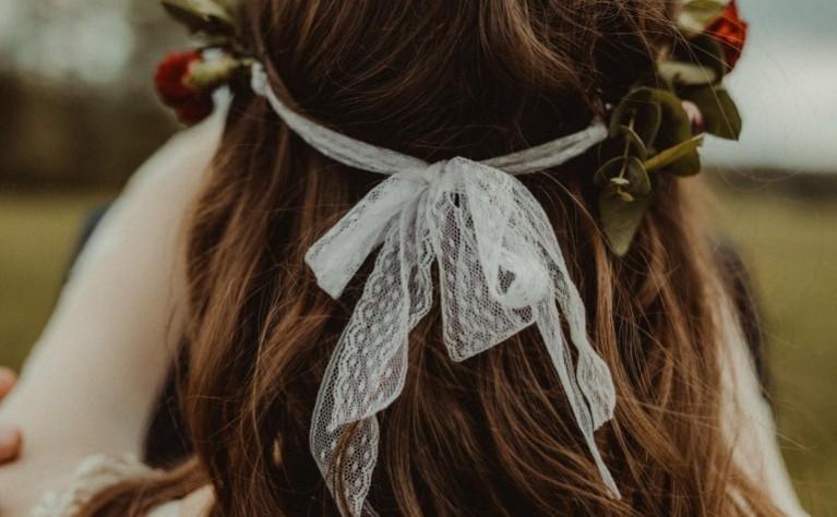 18 wianków ślubnych idealnych dla każdej panny młodej