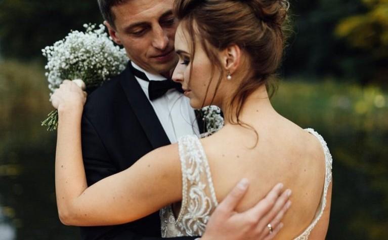 Najwspanialsze bukiety ślubne 2019 - dominujące trendy
