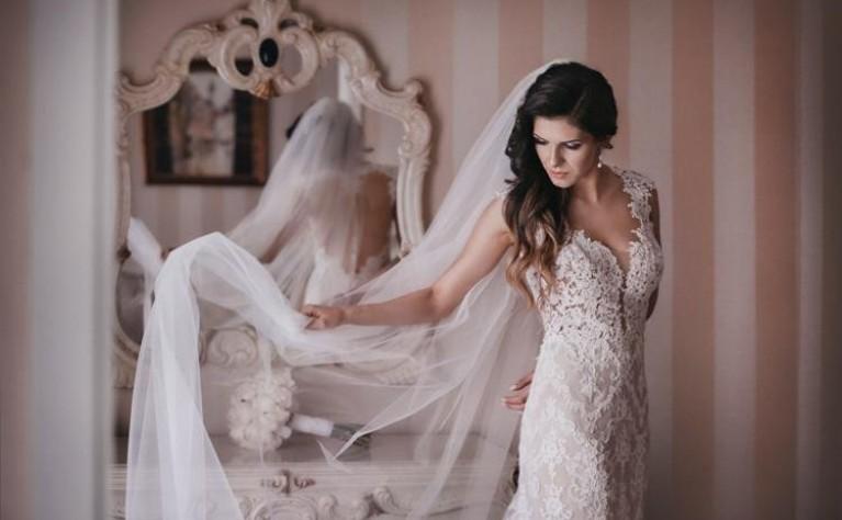 85bdf13e4d Czym się kierować w wyborze welonu ślubnego  Jaki welon do jakiej sukni