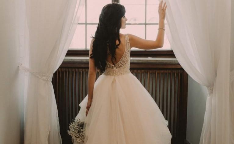 Długie Rozpuszczone Włosy Do ślubu Jaka Fryzura Jest
