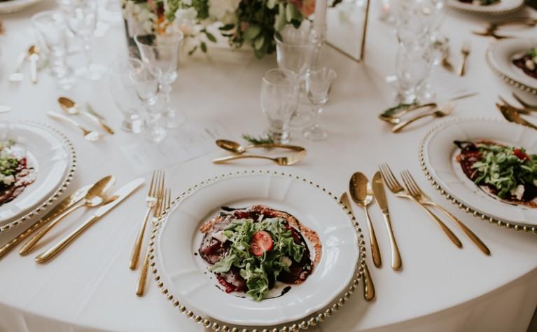 Propozycje na letnie menu weselne