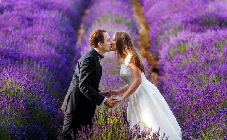 10 pożytecznych rad przy organizacji letniego ślubu
