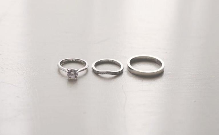 Najnowsze ślubne trendy jubilerskie w obrączkach