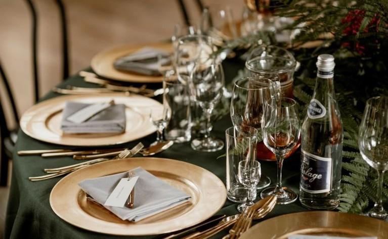 11 zasad ślubnych, które powinni przestrzegać wszyscy goście weselni