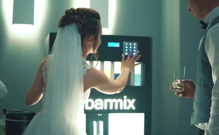 Barek, Barmix - automatyczny barman a może profesjonalny barman na wesele?