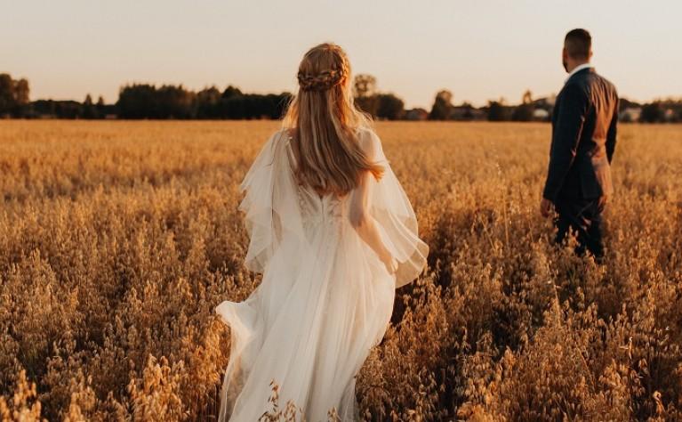 Wyjątkowo wzruszający i delikatny film ślubny Roksany i Radka,  produkcja: Best Friends Weddings