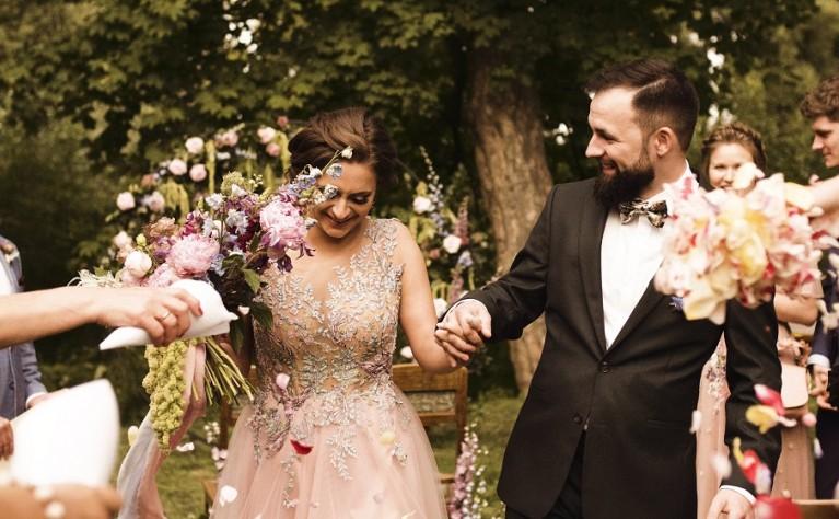 Weronika i Kamil - Fairytale barn wedding - KLIP ALPAKA WEDDING VIDEOGRAPHY