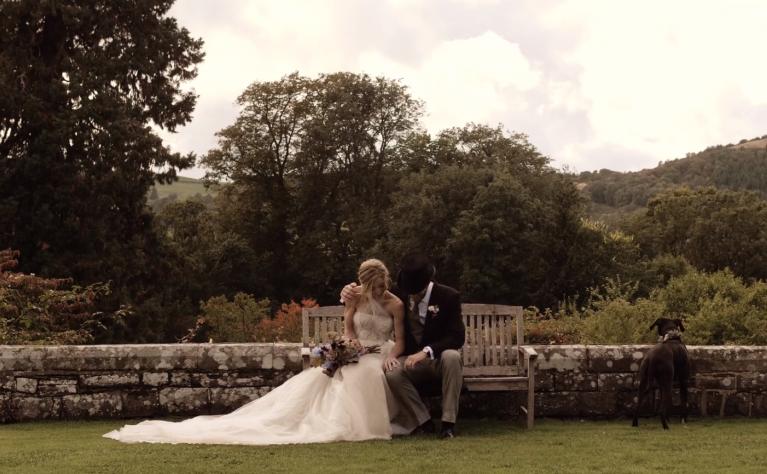 Grace & Rupert - Jesienny ślub w Wielkiej Brytanii, Alpaka Wedding