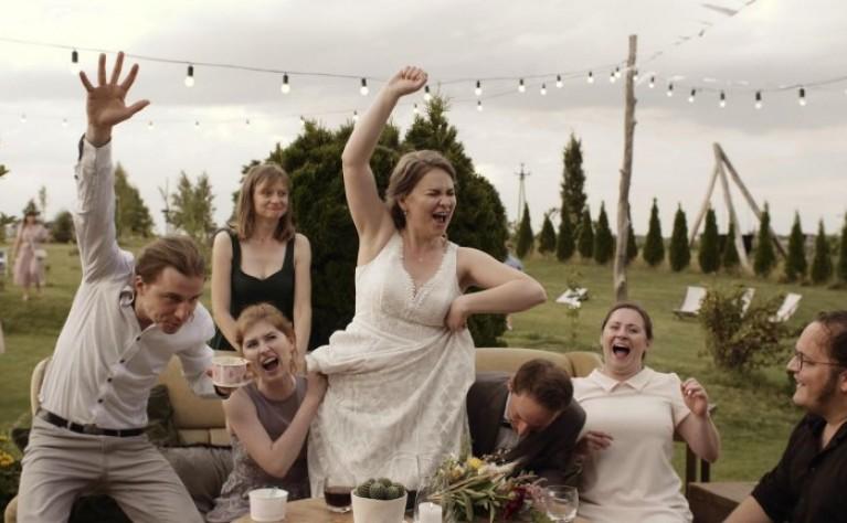 Szalony ślub humanistyczny w Folwarku Ruchenka, Alpaka Wedding  Videography