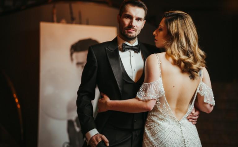 Oryginalny ślub w teatrze, Fotografia: Connected Dots Photography