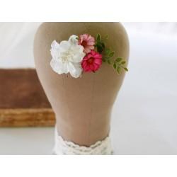 WYPRZEDAŻ! Grzebyk ślubny z białych i różowych kwiatów